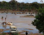 Site de lavage des sables à saphir dans la rivière Fiherenana (Photo: Andry Rabemanantsoa / GIZ PAGE Madagascar)