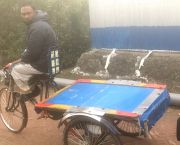 The people of southern Bangladesh are resilient and good at adapting to change: the most common vehicle in the city of Mongla is an electric rickshaw powered by a 12volt battery (Photo: Andrew Norton/IIED)