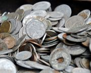 Old Indonesia coins. In Indonesia, like the UK, the income of the poorest 40 per cent has to grow at twice the rate of the national average if the income gap is to stay the same (Photo: Anis Eka, Creative Commons, via Flickr)
