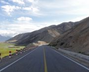 A stretch of the Karakoram Highway in Xinjiang, China. The region could be transformed by the Belt and Road Initiative (Photo: Marc van der Chijs, Creative Commons, via Flickr)