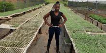 A young woman in a greenhouse (Photo: Tamara Kaunda)