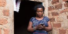 Mobile devices enable people to access a wide range of resources: in Kampala Jane Zamukunda got free legal advice from Barefoot Law via her phone (Photo: King Baudouin African Development Prize, Creative Commons via Flickr)
