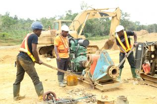 Miners fixing machine