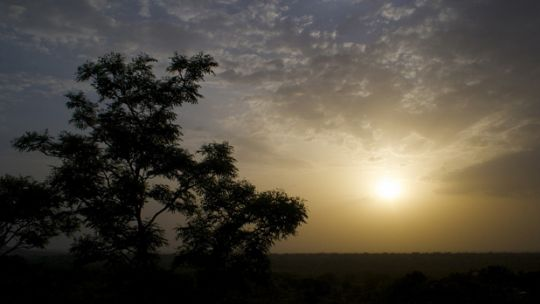 A sunset in rural Mali: a new day is dawning towards securing the land rights of rural communities (Photo: Kurt Paterson, Creative Commons via Flickr)